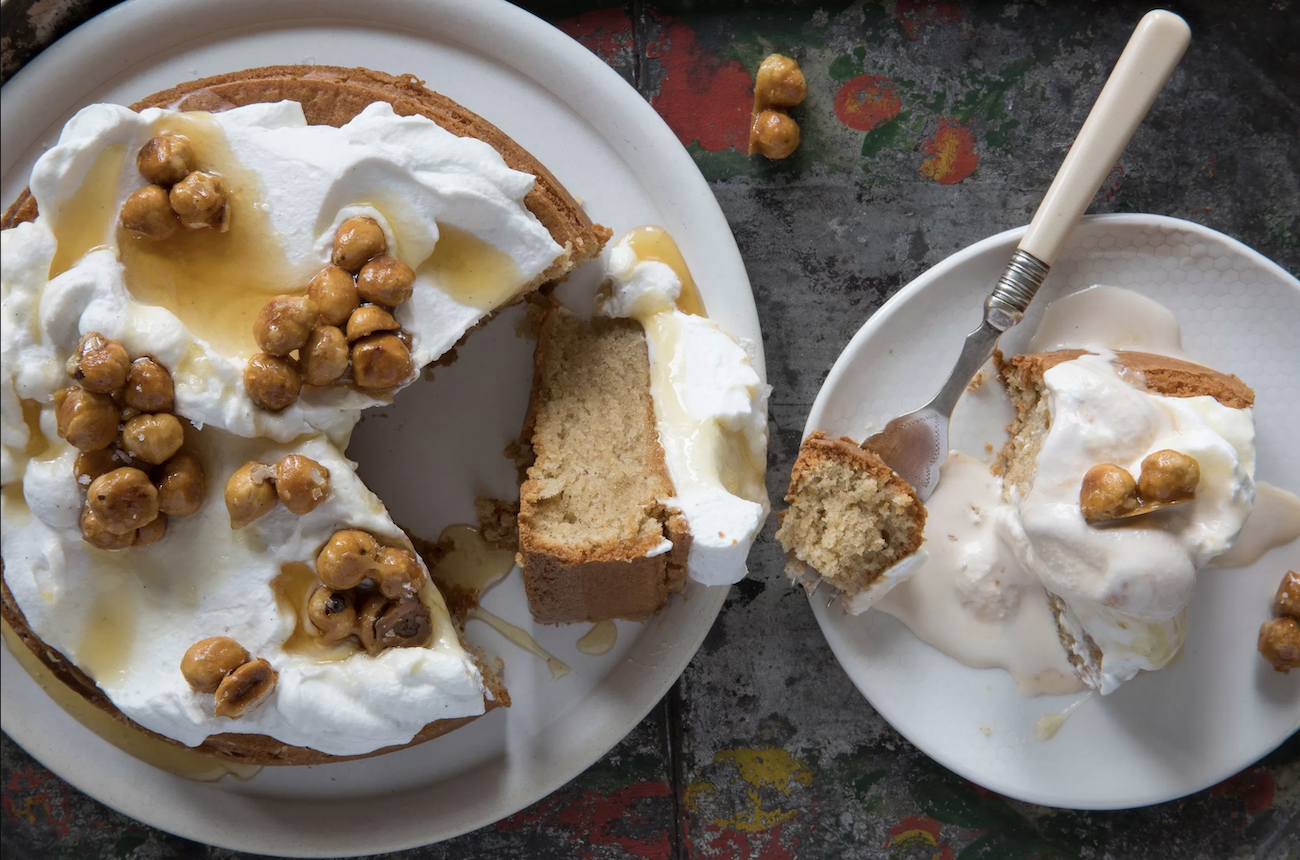 turron-hazelnut-cake-with-caramelized-hazelnuts